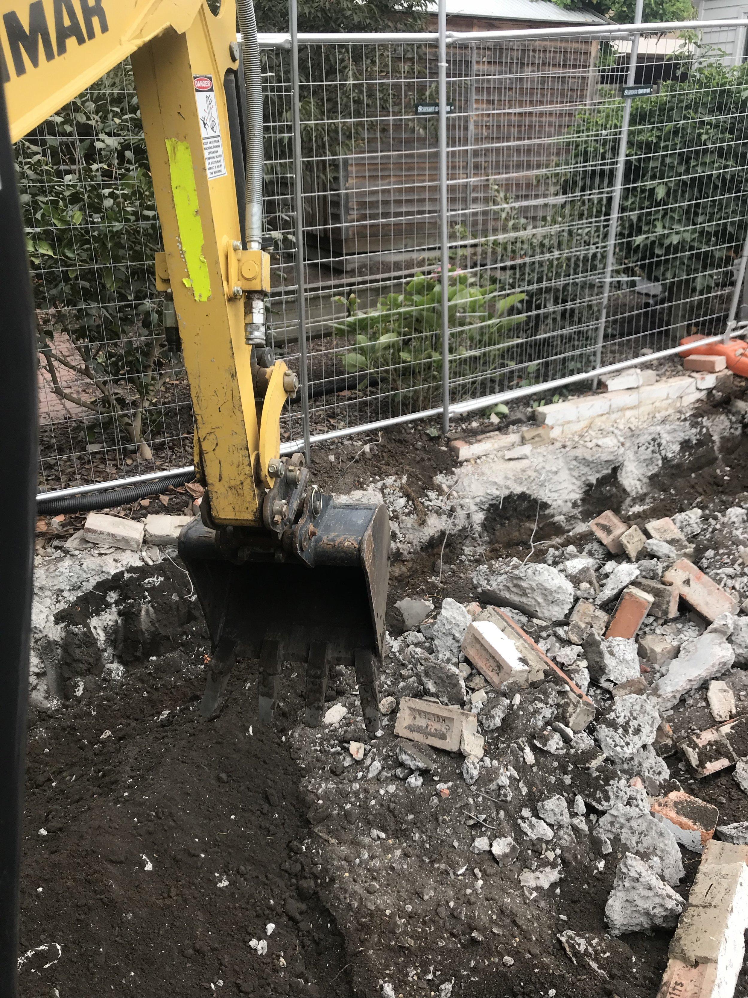 EarthLine Excavations demolition.jpg