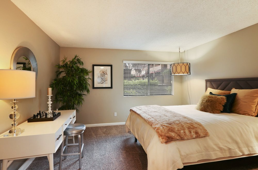 woodchase-apartments-for-rent-san-leandro-ca-94578-bedroom+(3).jpg