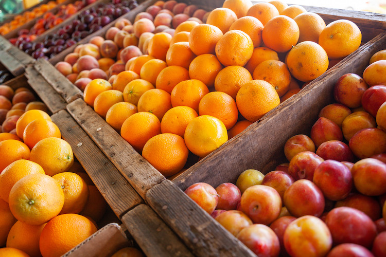 Explore the local Farmers' Markets