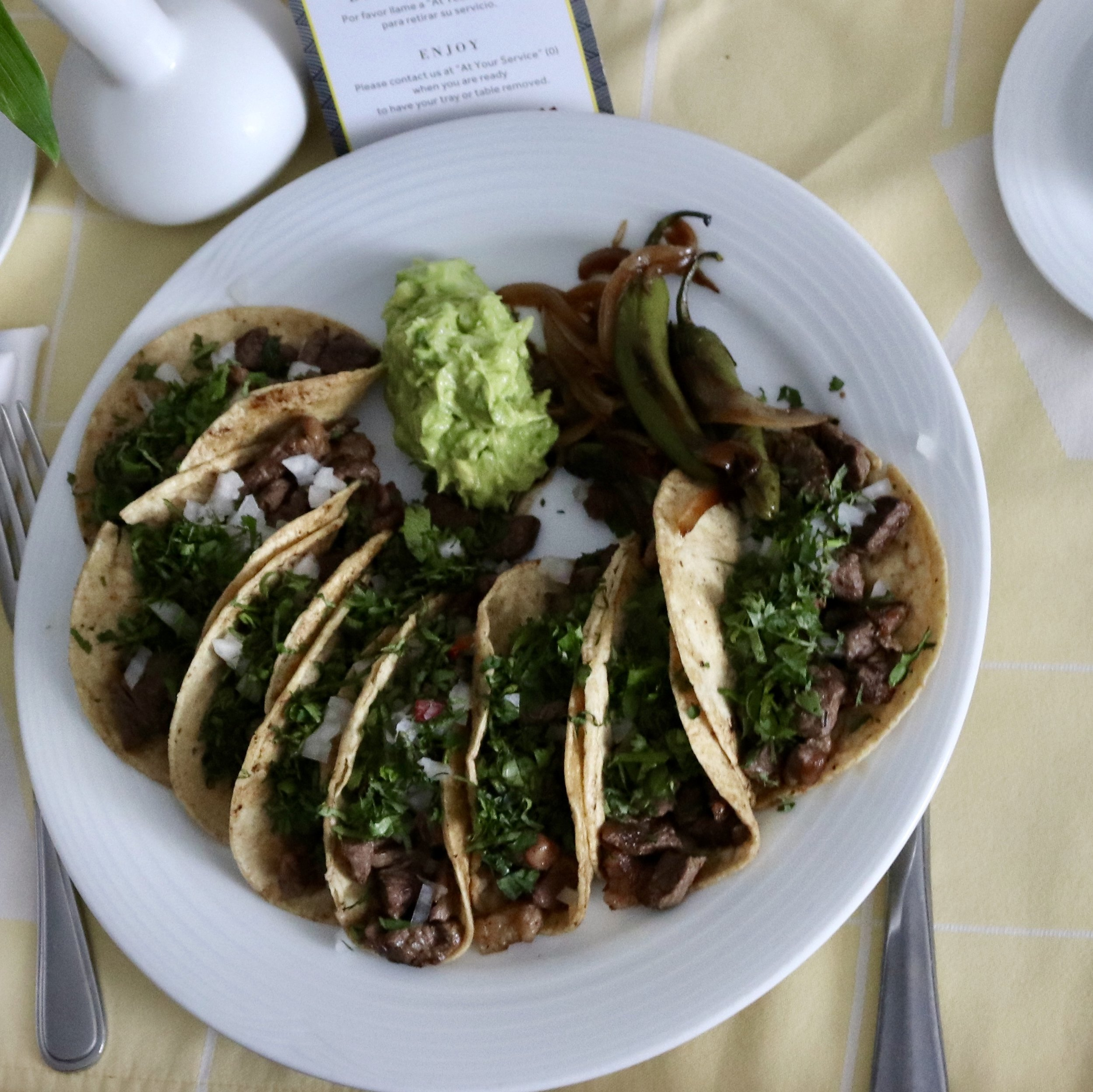 This would be a great Whole30 meal option, without the tortillas. It was delicious when I ate in in Mexico City, though.