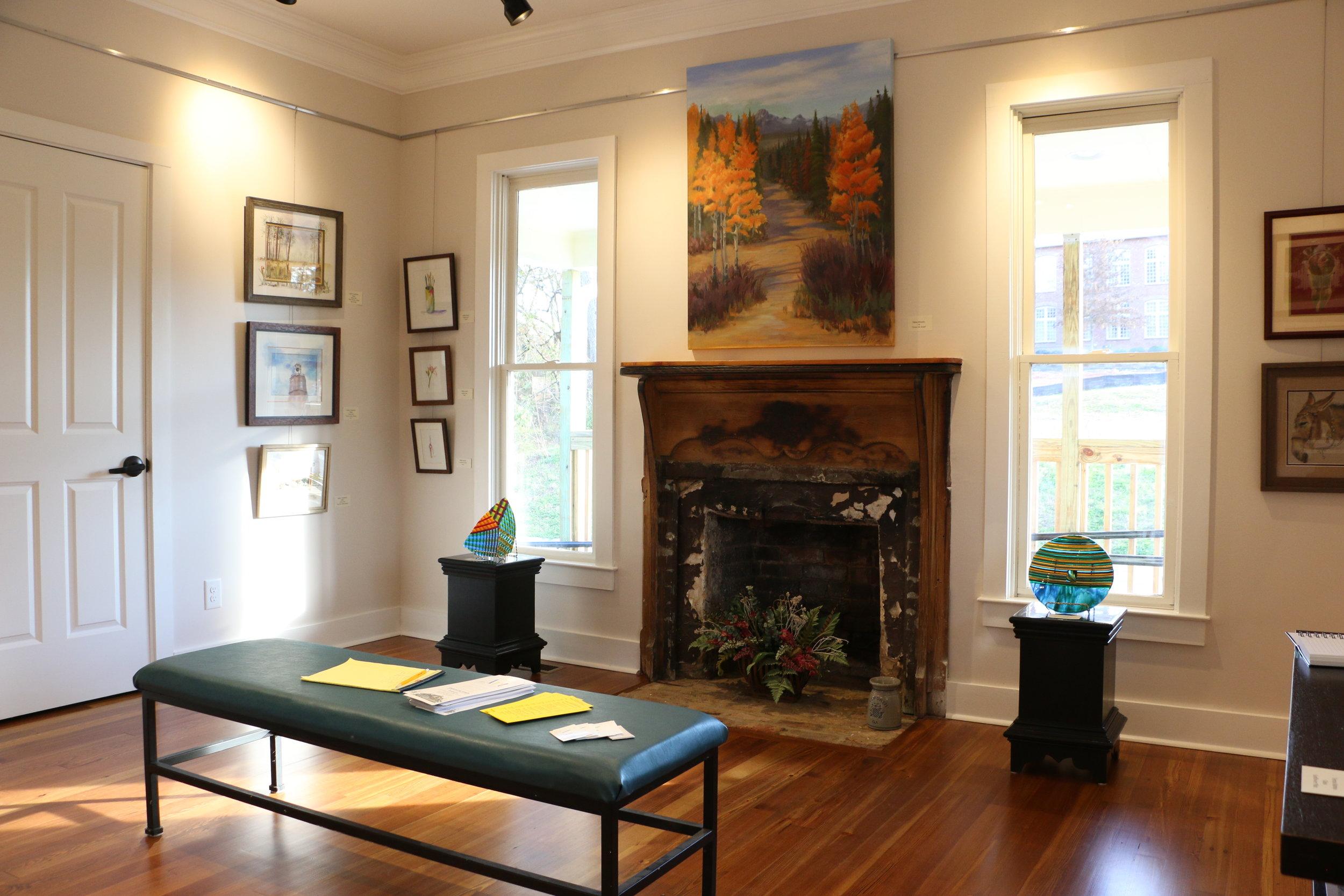 ART HOUSE AT LOGAN FARM -