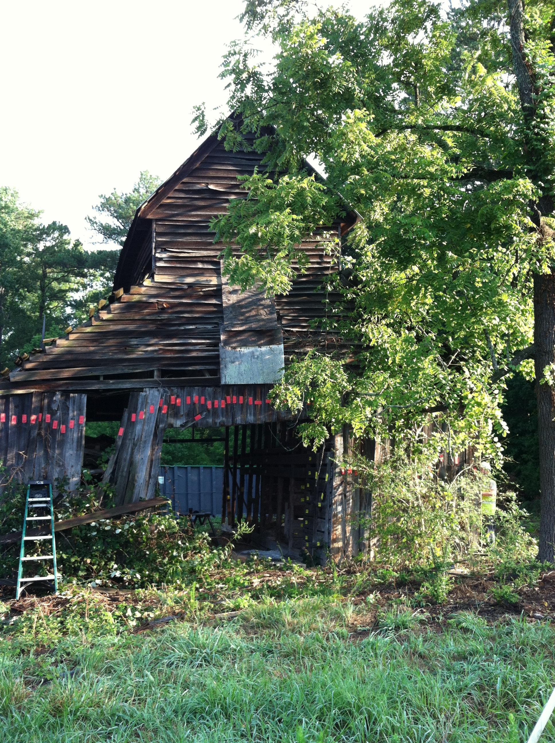 Lee Farm Barn  (1).JPG