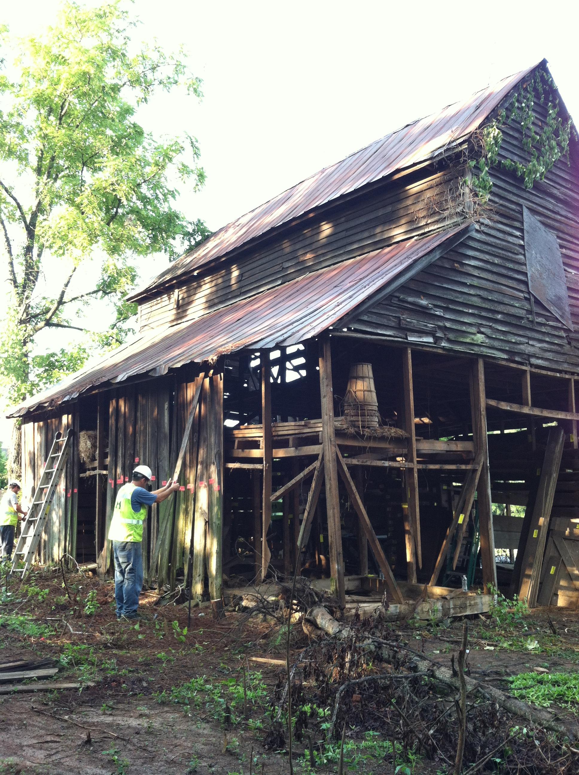 Lee Farm Barn  (4).JPG