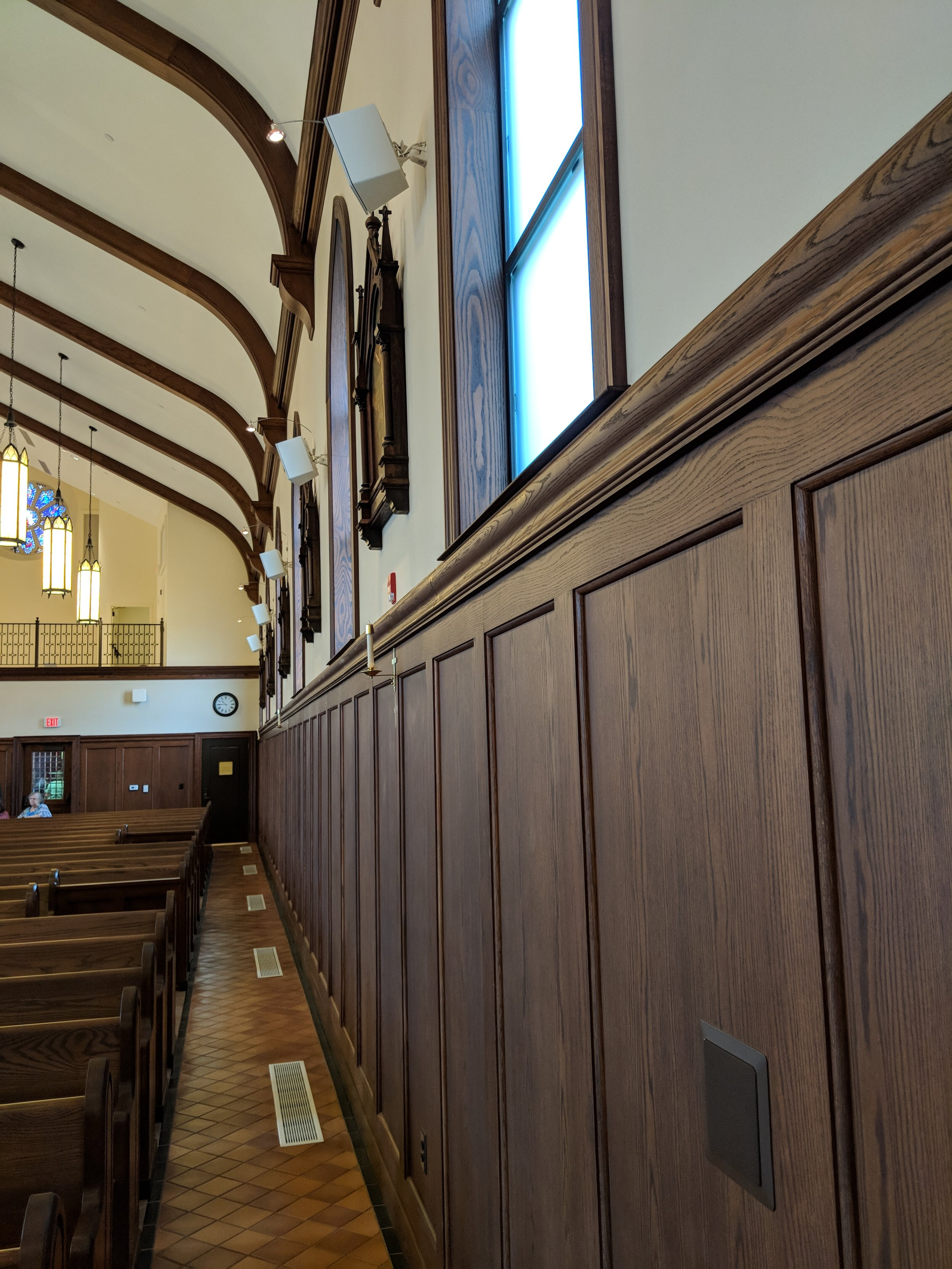 CAMM DT-200 speakers provide audio coverage in the nave. A DT-1 in-wall speaker is used to provide audio to the front pew.