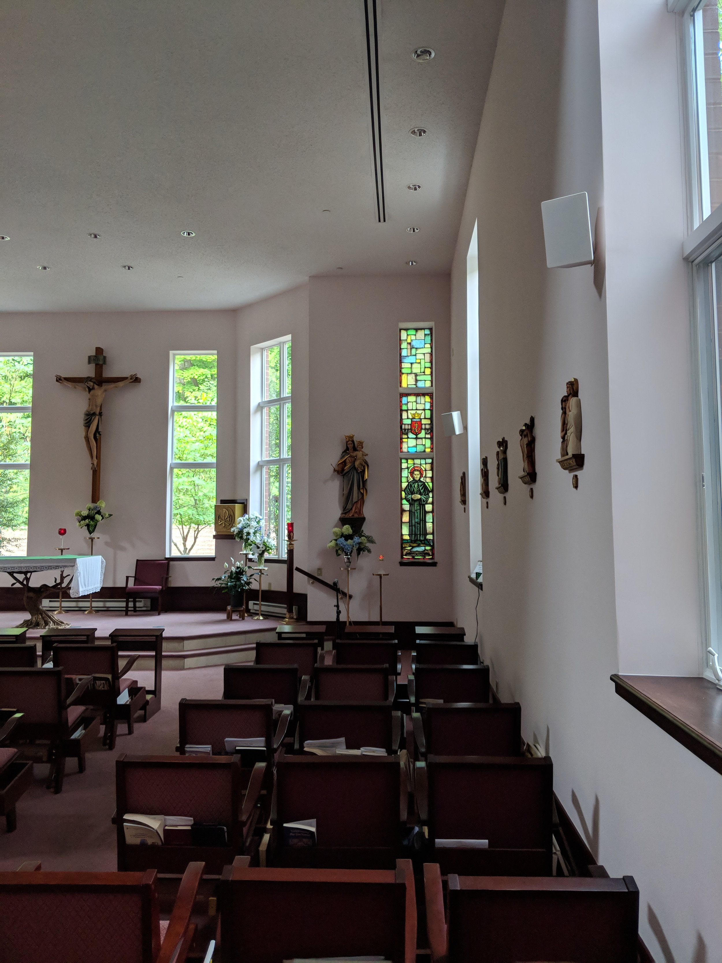 The CAMM DT-200 speakers provide room-filling sound in the chapel.