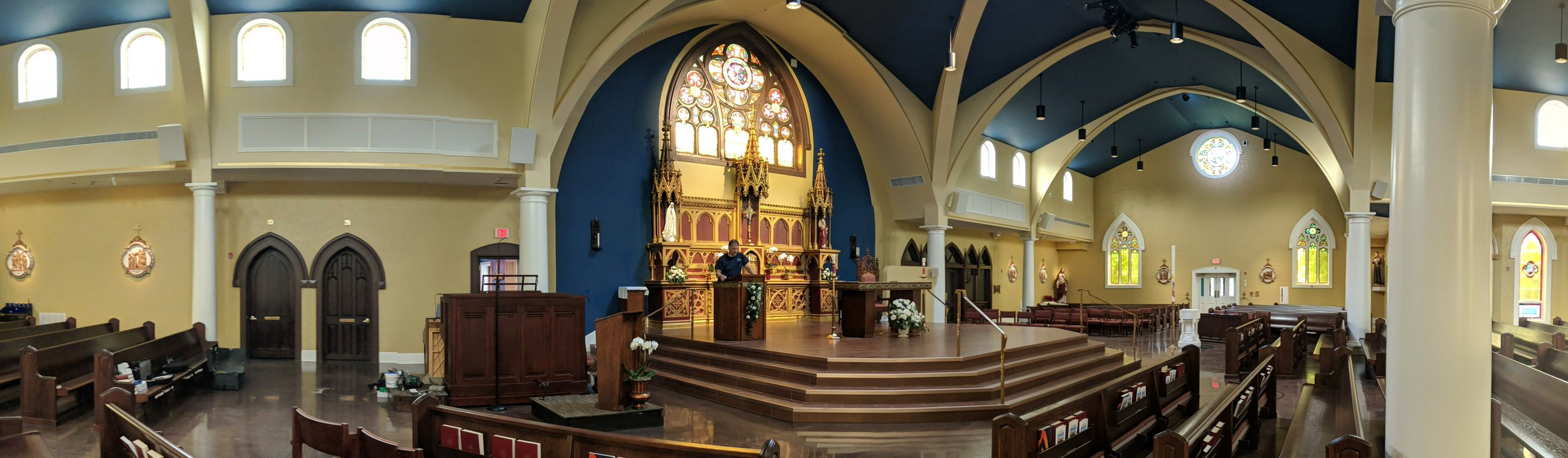 Four DT-800 speakers across the front of the church provide audio coverage in the front pews and low frequency reinforcement.