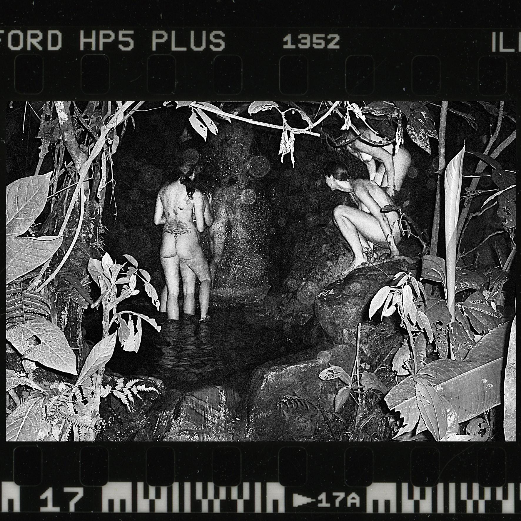 17_Waterfall_b+w.jpg