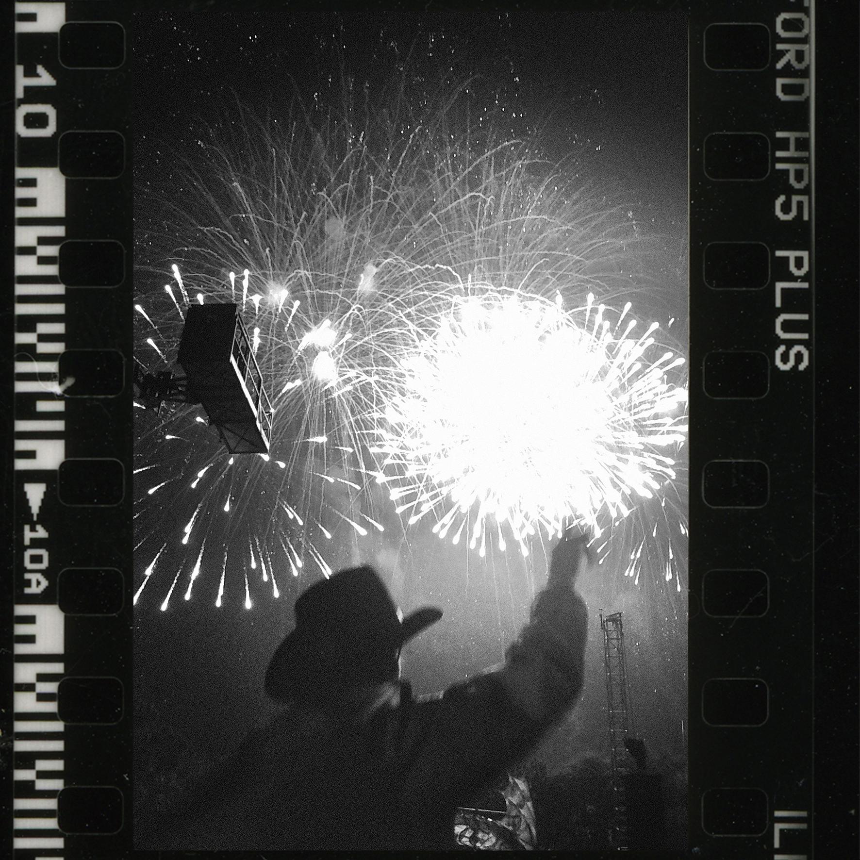 10_cowboy_firework.jpg