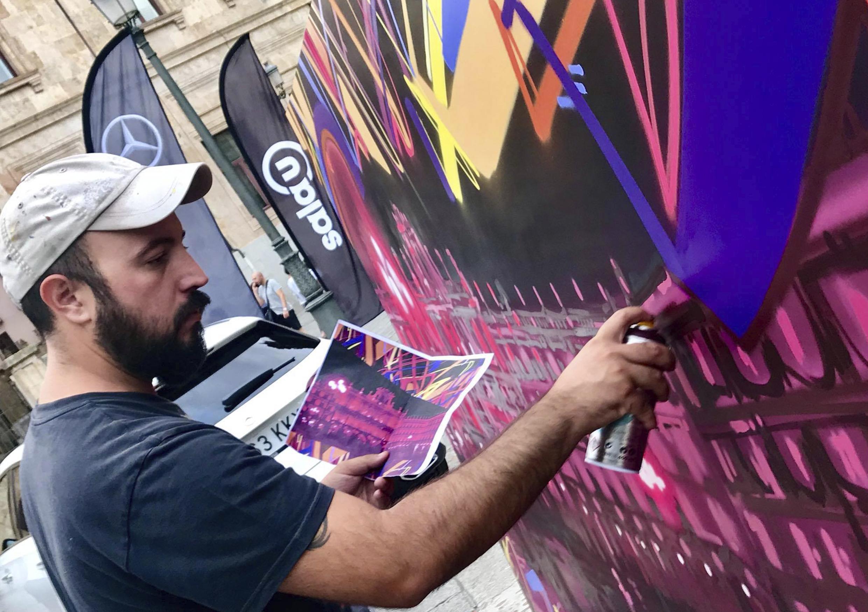 CONCURSO GRAFFITIS   El mejor arte urbano, en un muro con las catedrales de Salamanca de fondo. ¿Se te ocurre una fusión mejor? Los tres finalistas de nuestro concurso pintarán su graffiti en vivo, y lo expondrán para ti, con hasta 750 euros en premios.