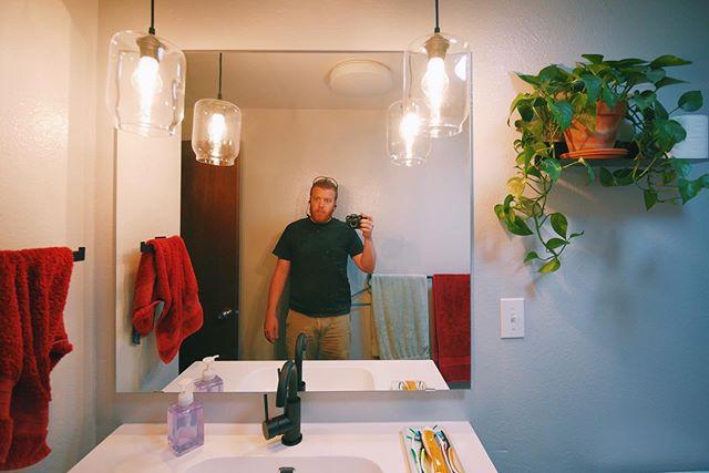 Work mode. . . . . . #artistrealtor #art #sculpture #contemporaryart #artblog #seattleart #seattle #artist #realestate #openhouse #house #seattleartist #renovation #construction #realestateagent #realestatebroker #seattle #edmonds #shoreline #northseattle #realtor #homesforsale #northgate #diy #video #liveinflip