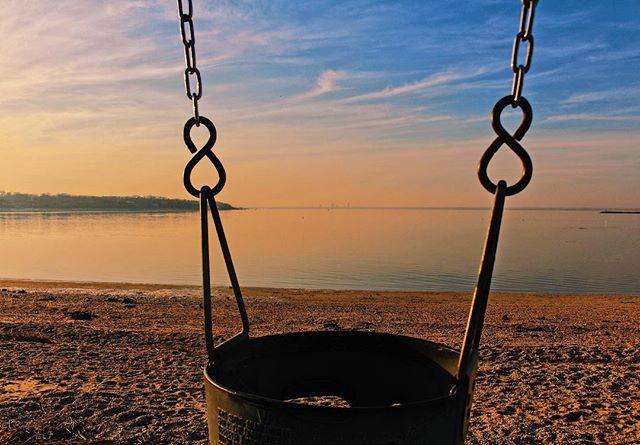 Sea Cliff Beach, LI. . . . . . . . . . . . . . . . . . . . . . . . . . . #photography #photographer #sunset #sunsetbeach #freelancephotographer #longisland #seacliff #outdoorphotography