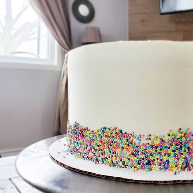 A fun and simple birthday cake.  Four layers of dark chocolate cake and some buttercream. . . . #chocolate #cakeday #bakelodge #patisserie #buttercream #sprinkles #cake
