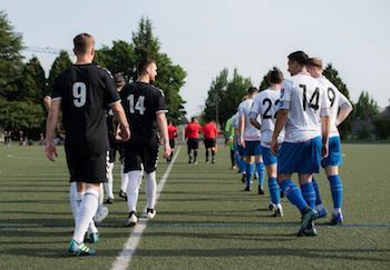PDX and FCM Portland prepare for battle.  Image courtesy of Michael Eastman of Vox Populi Images.