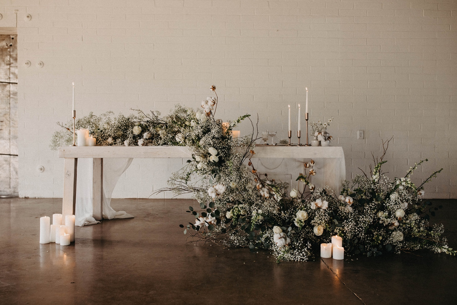 Modern Babies Breath Wedding Inspiration - Arizona florist Phoenix scottsdale Mesa chandler Sedona Prescott - Sweetheart Table - Statement Piece