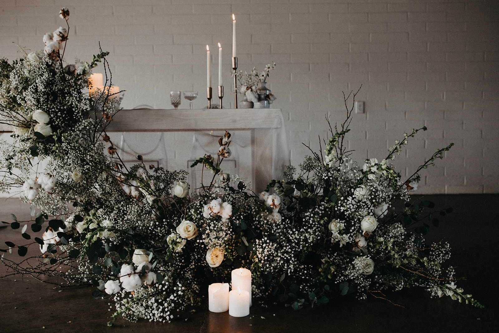 Modern Babies Breath Wedding Inspiration - Arizona florist Phoenix scottsdale Mesa chandler Sedona Prescott - Sweetheart Table
