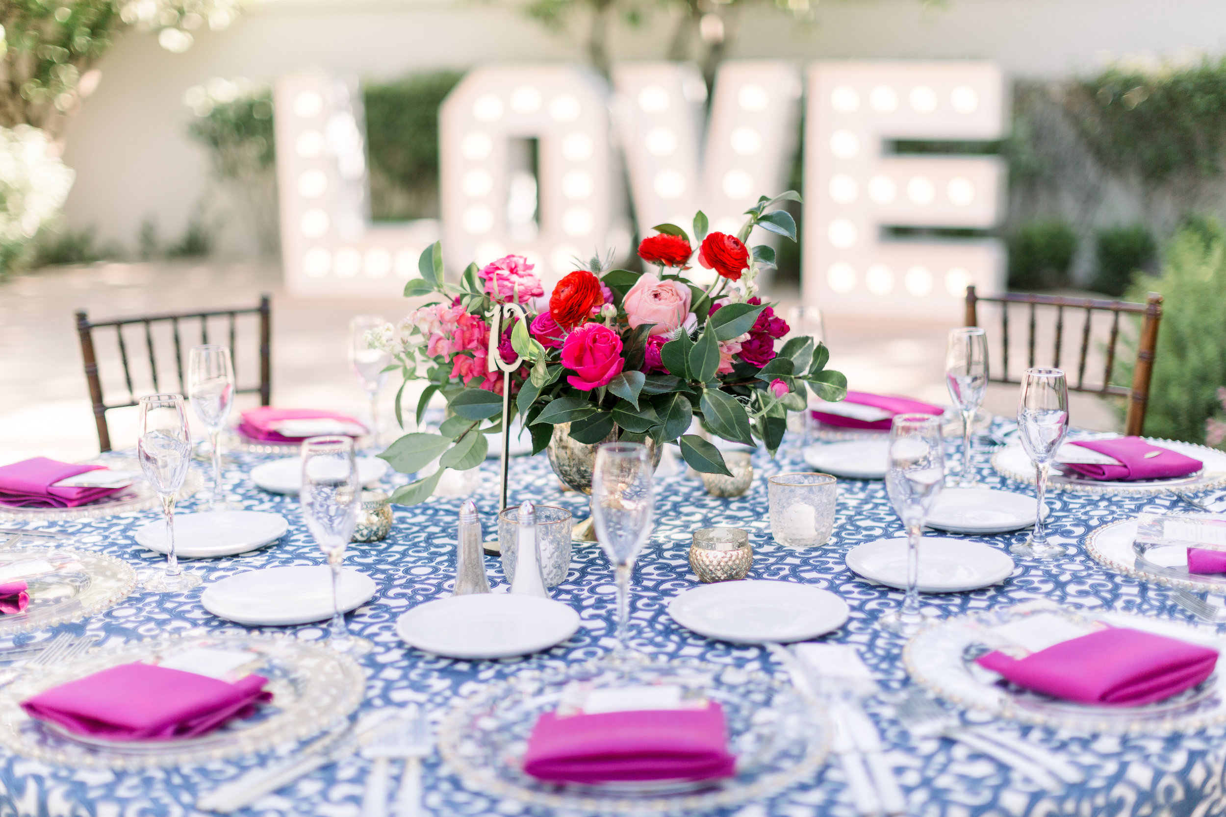 Roxanne and Brandon's El Chorro Wedding - Arizona florist Phoenix scottsdale Mesa chandler Sedona Prescott - La Tavola Linen Sutherland - Magenta, Blush, and Red Centerpieces