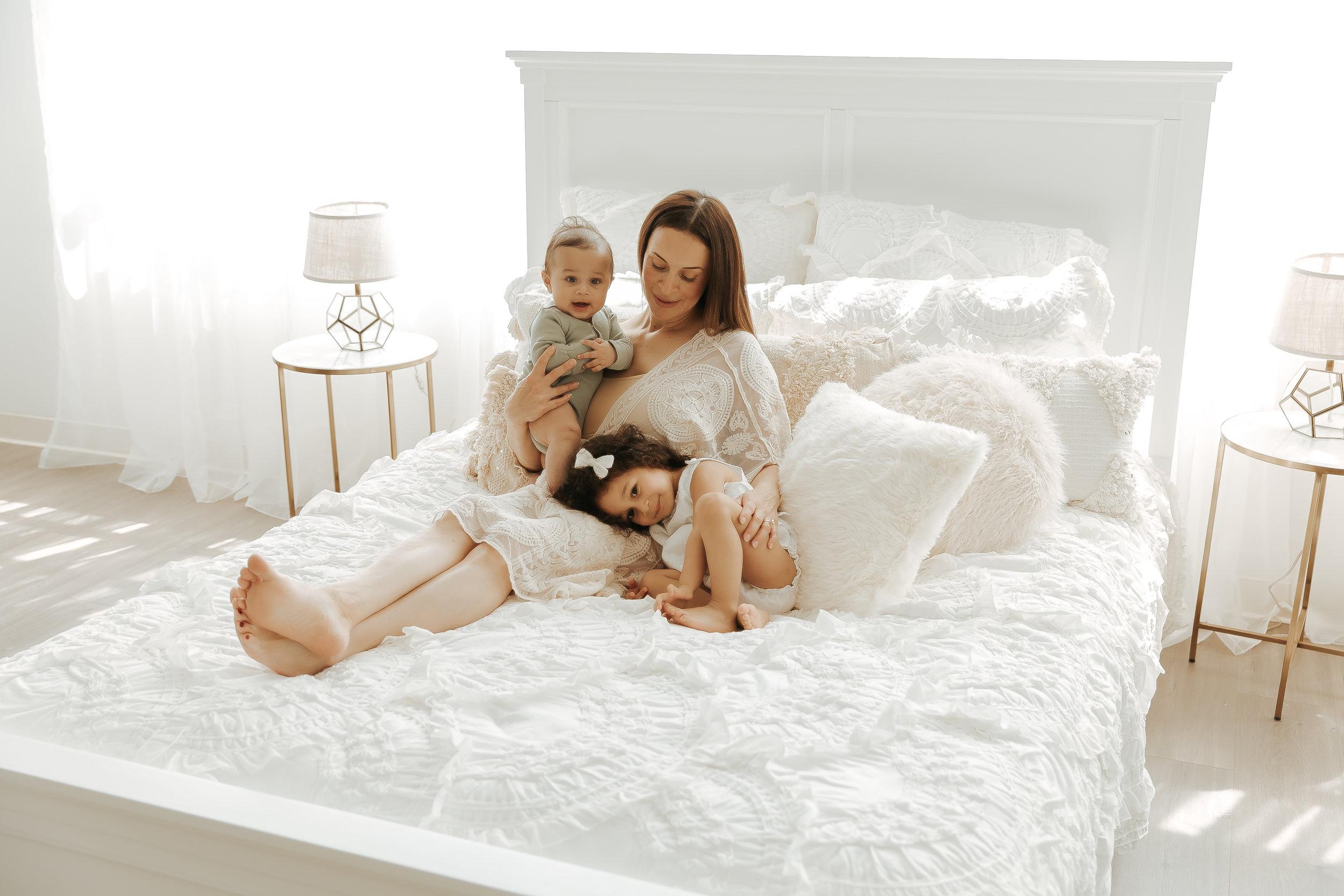 MotherhoodMiniSession2014-Edit-2.jpg
