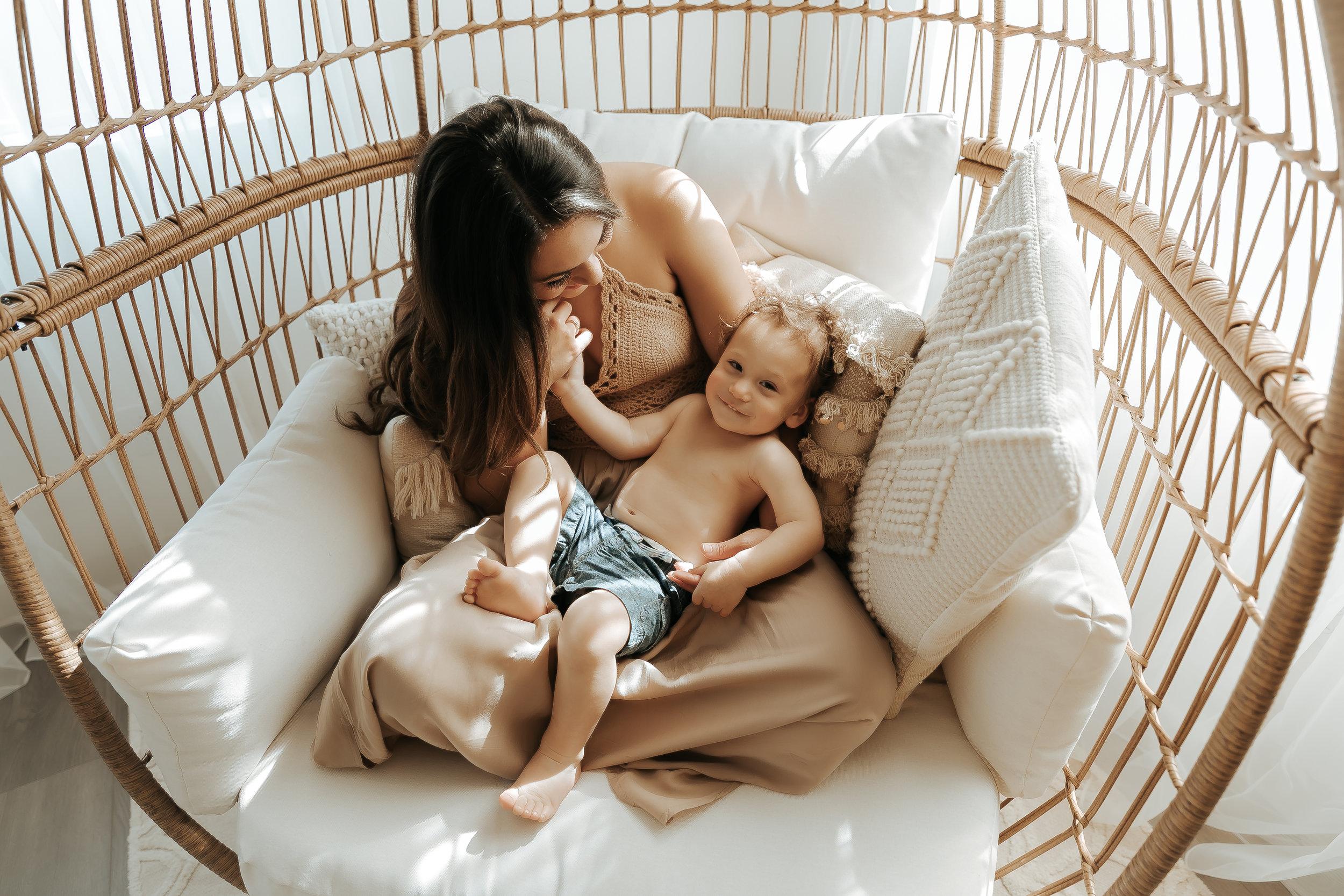 MotherhoodMiniSession2676-Edit-2.jpg
