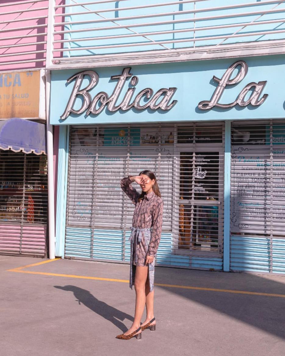 Editorial de NoiseMag  Fotografía:  @michellelartigue  Modelo:  @_______niza  para  @orangemarketing   Maquillaje:  @rosanggz   Styling:  @kasstorress   Wardrobe:  @mariavogel