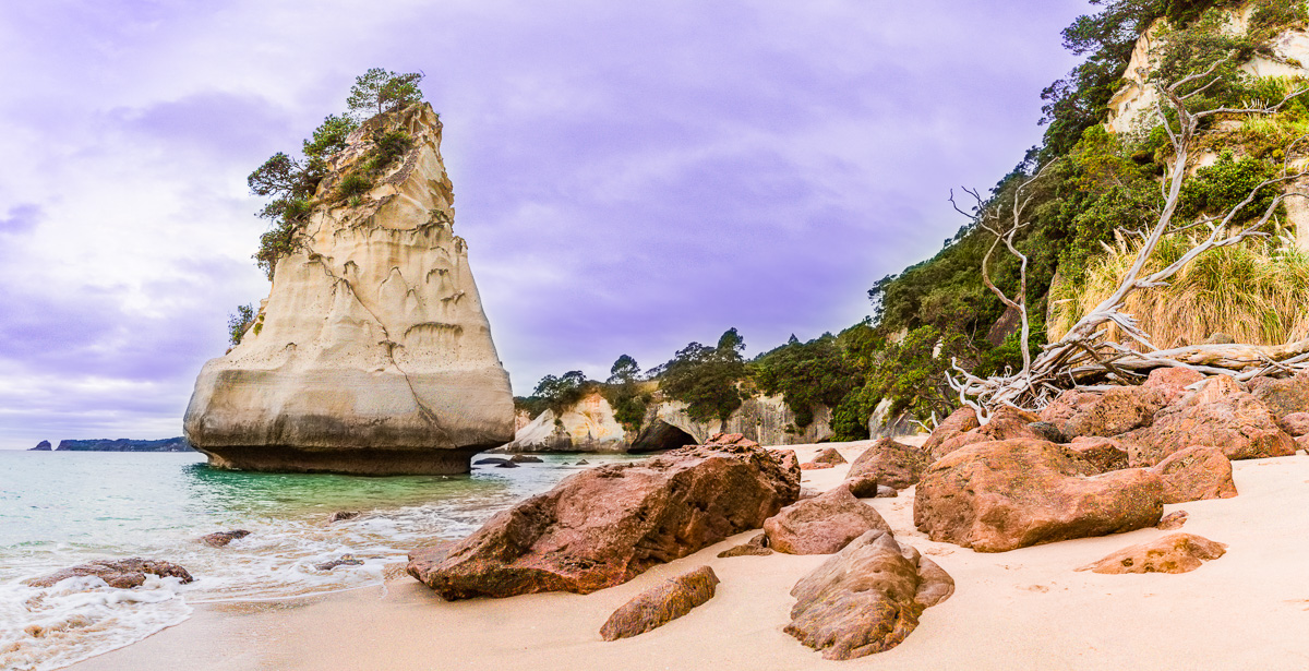 panorama-cathedral-cove-coromandel-sunset-north-island-new-zealand-two-dusty-lenses-itinerary-trip-roadtrip.jpg