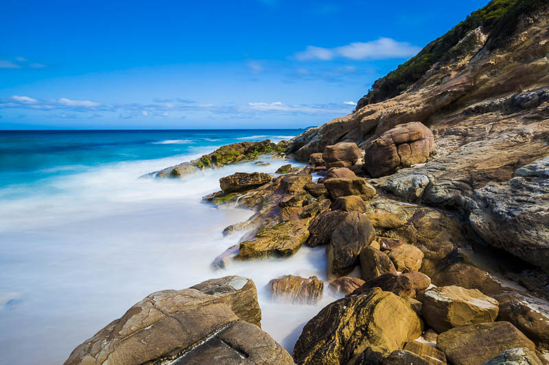 plan-B-travel-itinerary-schedule-how-to-like-a-photographer-australia-beach-rock-long-exposure-two-dusty-lenses.jpg