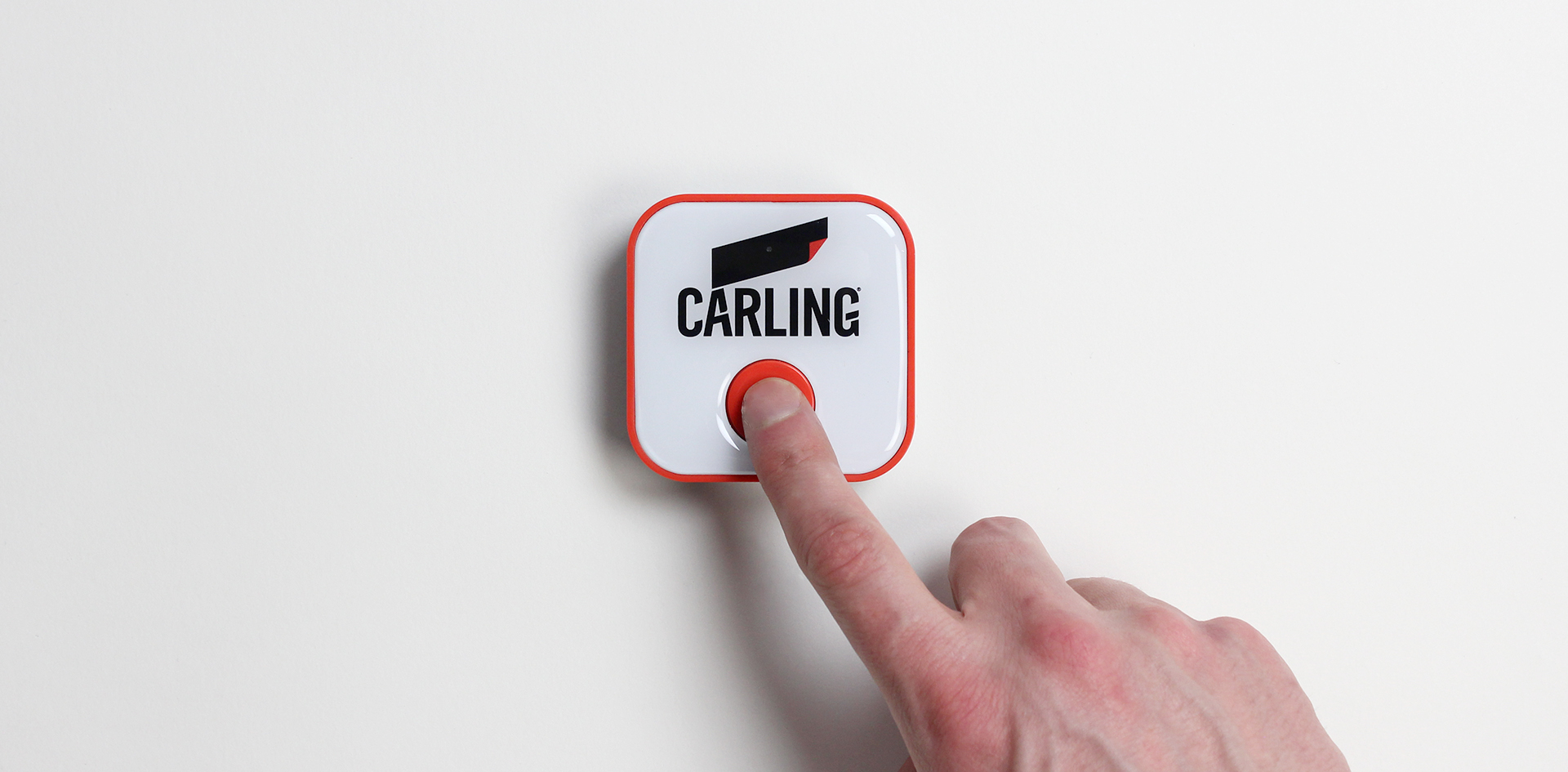 Beer Button - Curventa - Carling - press - red - white - connected - device