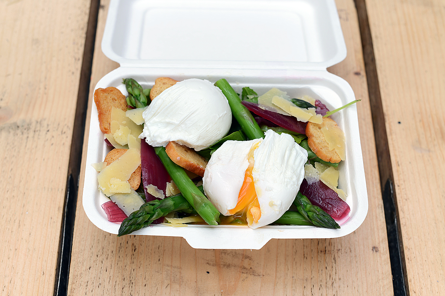 Streamed asparagus, poached eggs, croutons, Old Winchester cheese.jpg