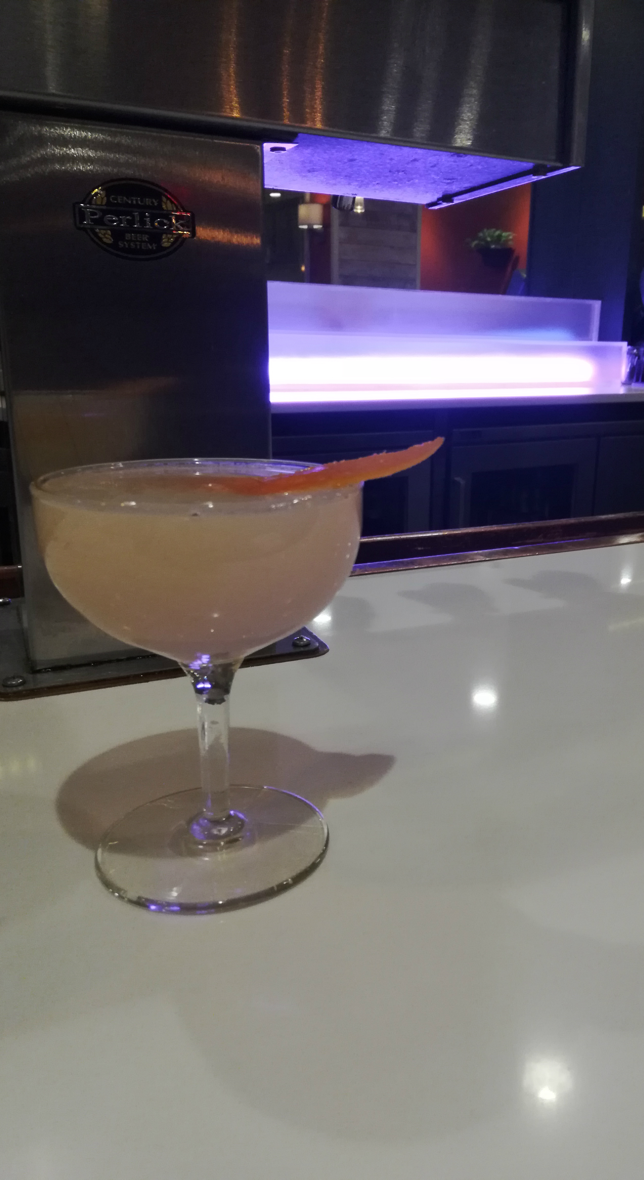 lamp of the gin cocktail