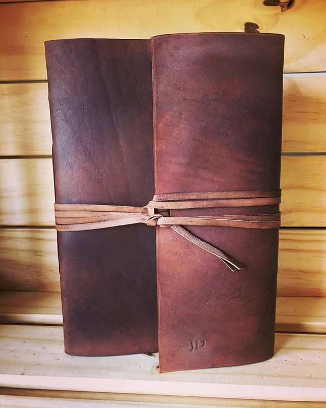 Rustic Wraparound in dark brown. Great for sketching, writing, and travelling alike. • • • • #leather #leathercraft #journal #leatherjournal #notebook #diary #sketchbook #writing #artist #travel #traveljournal #adventure #outdoors #rustic #book #bookbinding #bookbinder #artisan #handmade