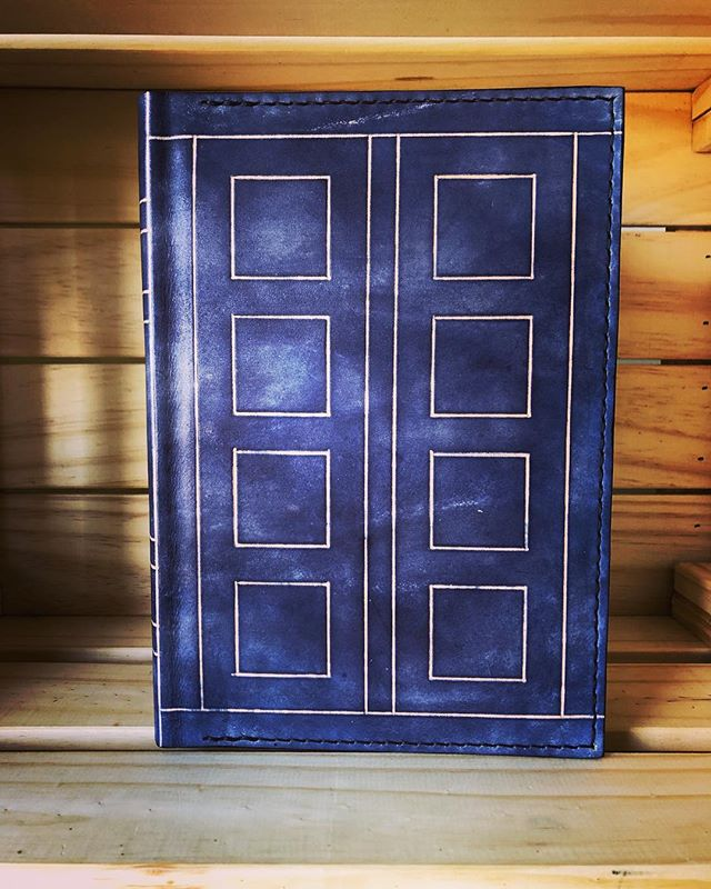 Here's something we've been wanting to make for a long time - River Song's diary as a refillable cover. Coming soon to our website, or available by request in the meantime. • • • • #leather #leathercraft #journal #notebook #sketchbook #diary #bulletjournal #leatherbook #book #rustic #handmade #tardis #doctorwho #riversong #riversongsdiary #riversongdiary #whovian #melodypond #superwholock #cosplay #wibblywobblytimeywimey