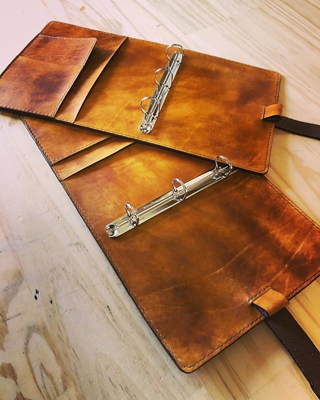 Finished up these two journal covers just before heading south for Easter - happy long weekend! • • • • #leather #leathercraft #journal #leatherjournal #writing #travel #outdoors #rustic #handmade #artisan #johnwinchester #johnwinchestersjournal #supernatural