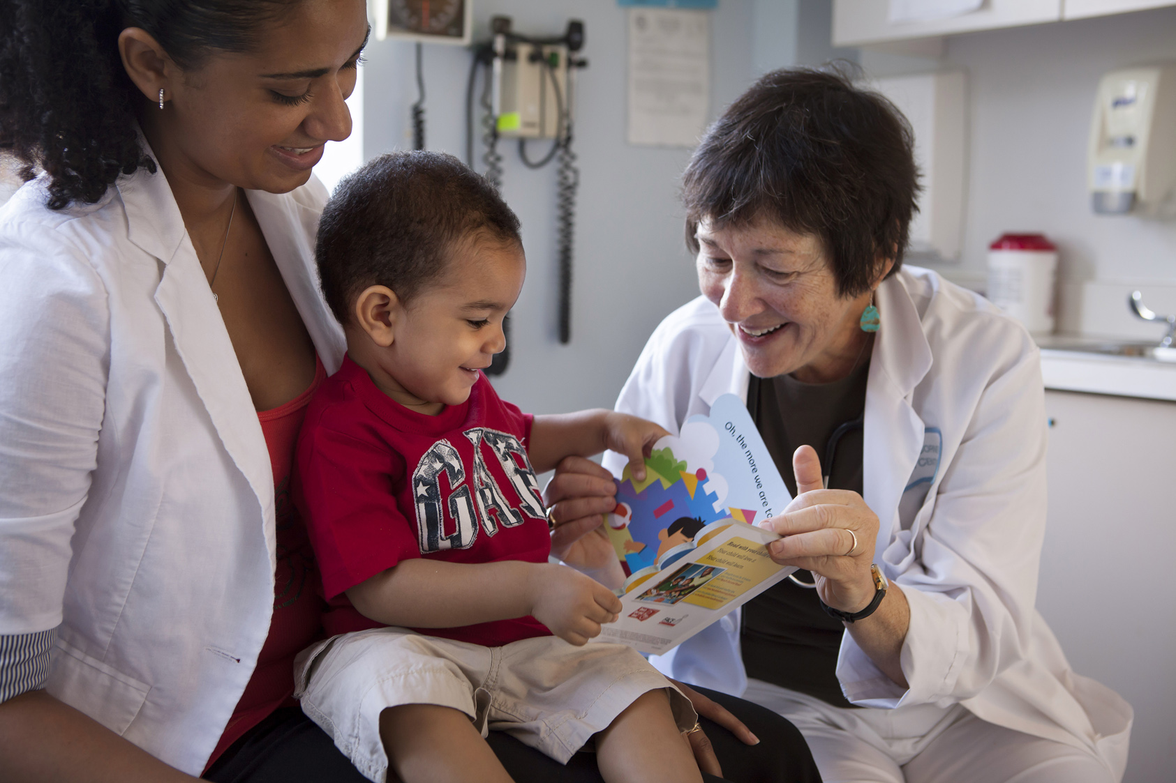 Mission - Reach Out and Read of Greater New York gives young children a foundation for success by incorporating books into pediatric care and encouraging families to read aloud together.