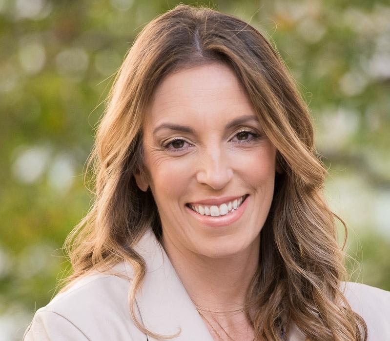 Amanda Berlin   Communications Consultant