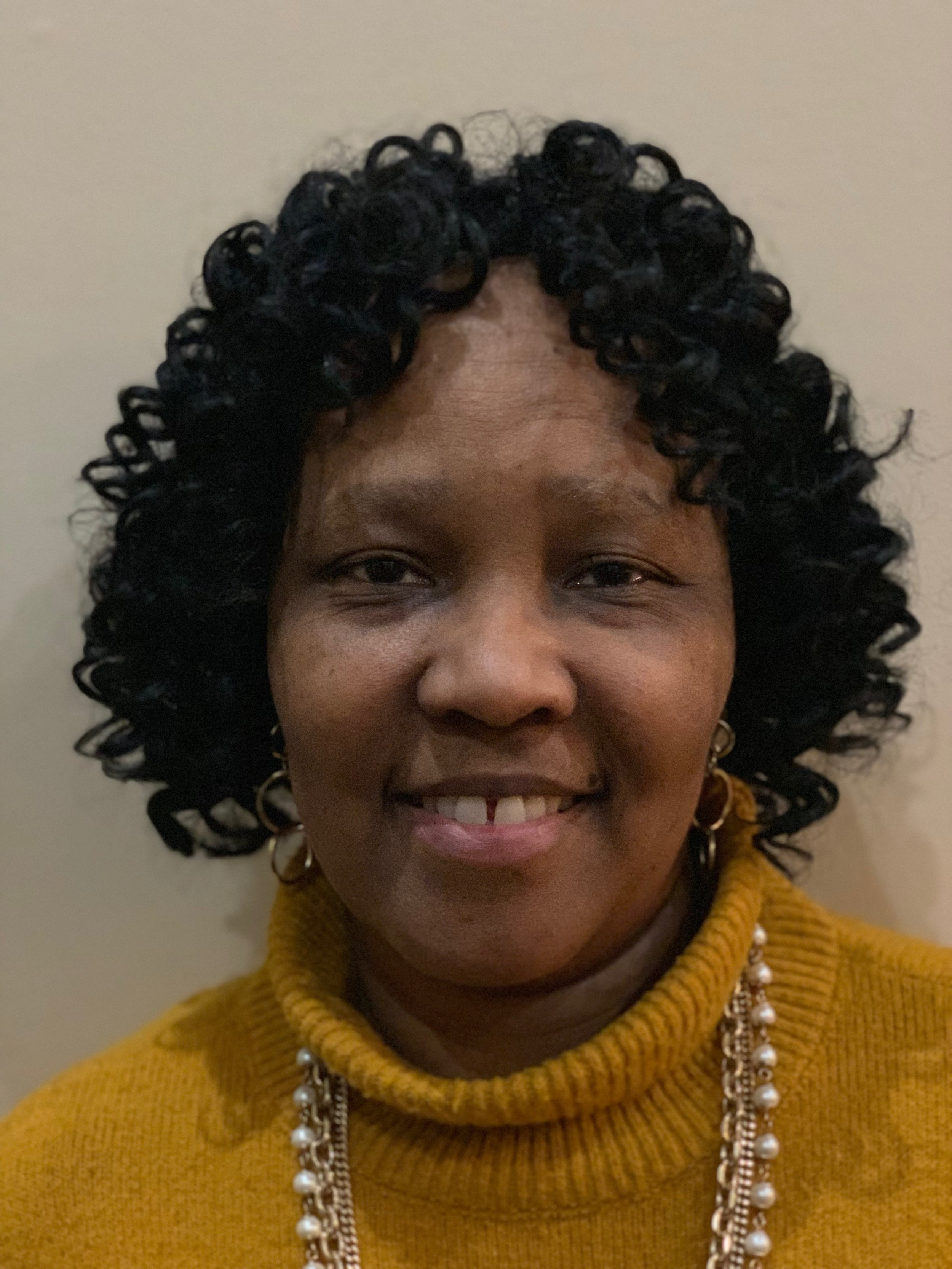 Lisa Fuentes  Accountant