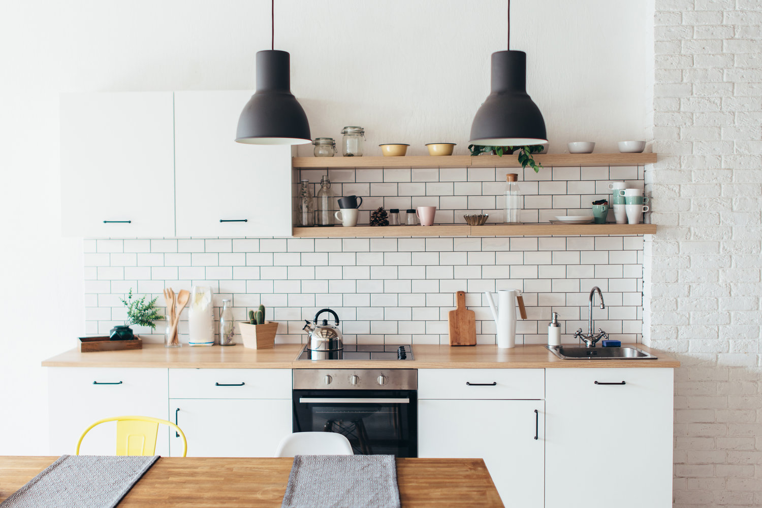How To Decorate A Kitchen With Black