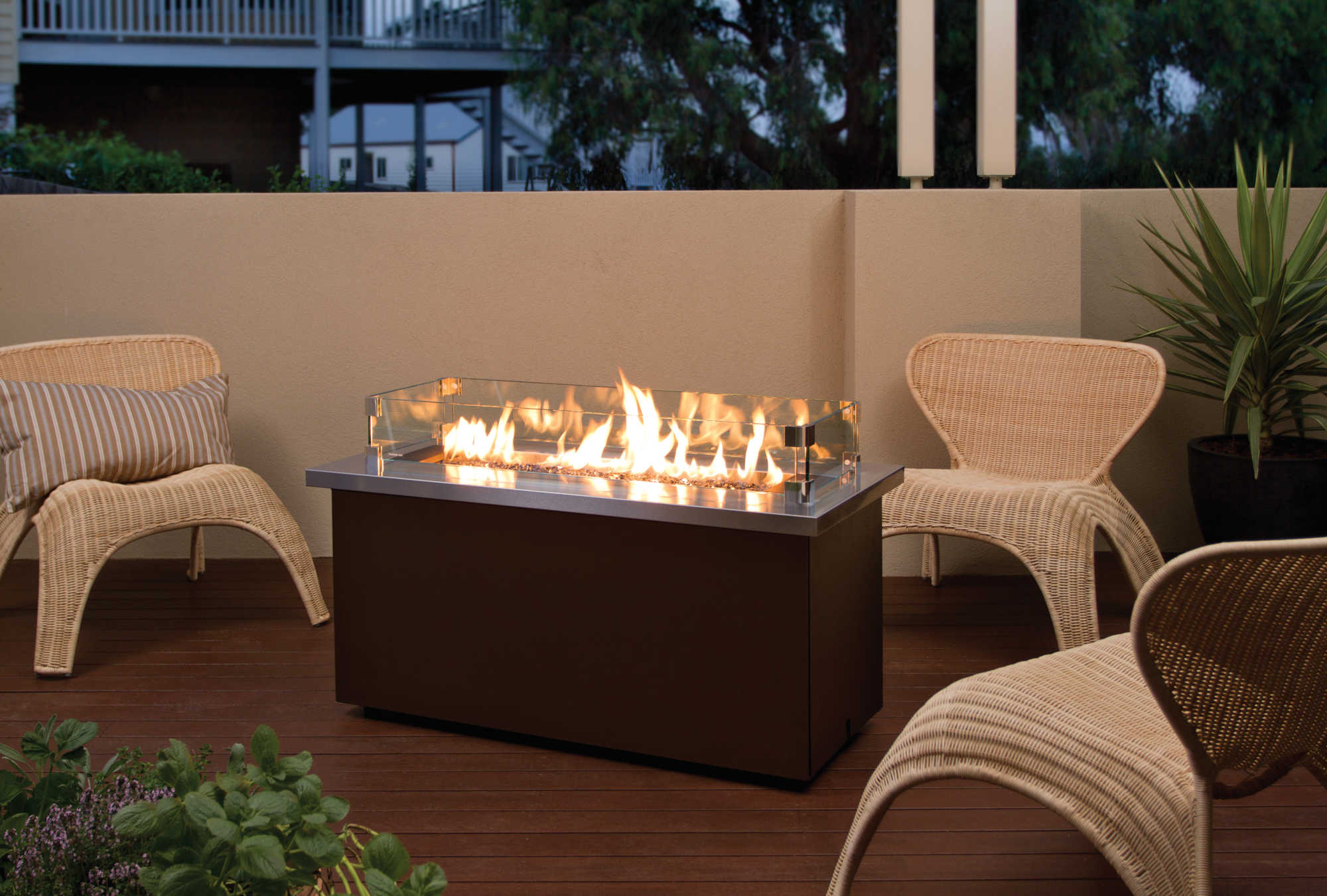 Regency-Outdoor-Gas-Firetable-PTO30CFT-2.jpg