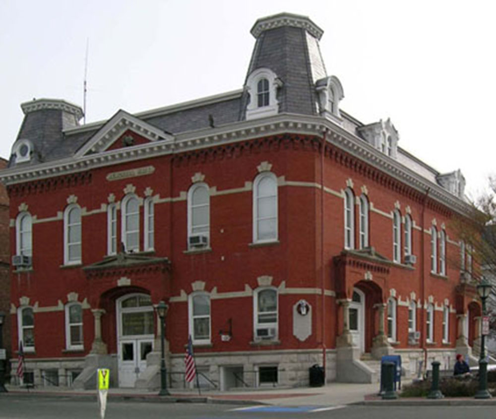 Lee Town Hall