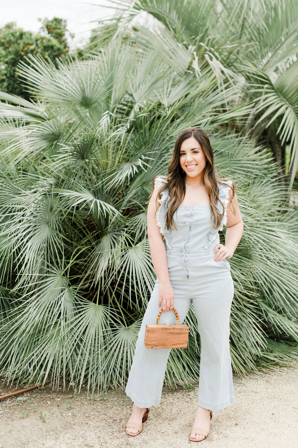 5 Tips When Shopping For Jumpsuits For A Pear Shaped Body