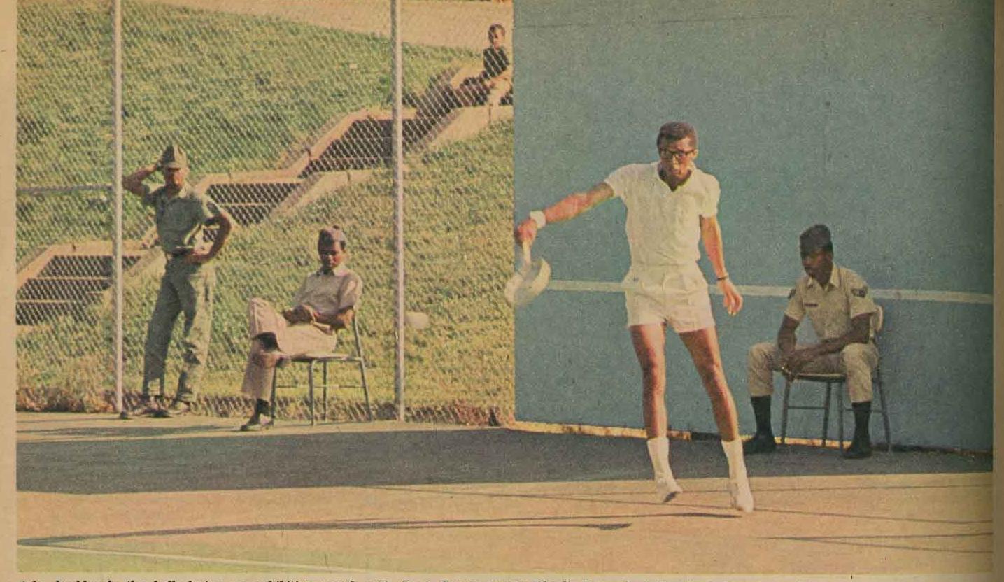 6164_P_JeanneAshe_Ashe cover story Chicago Tribune Magazine Dec 1968.jpg