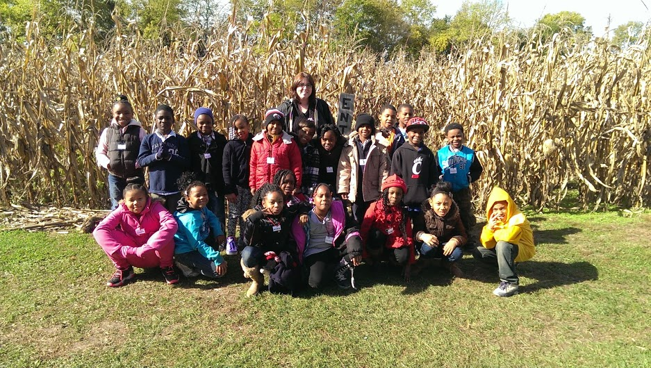 My Second grade class on a field trip to Barn n Bunk.