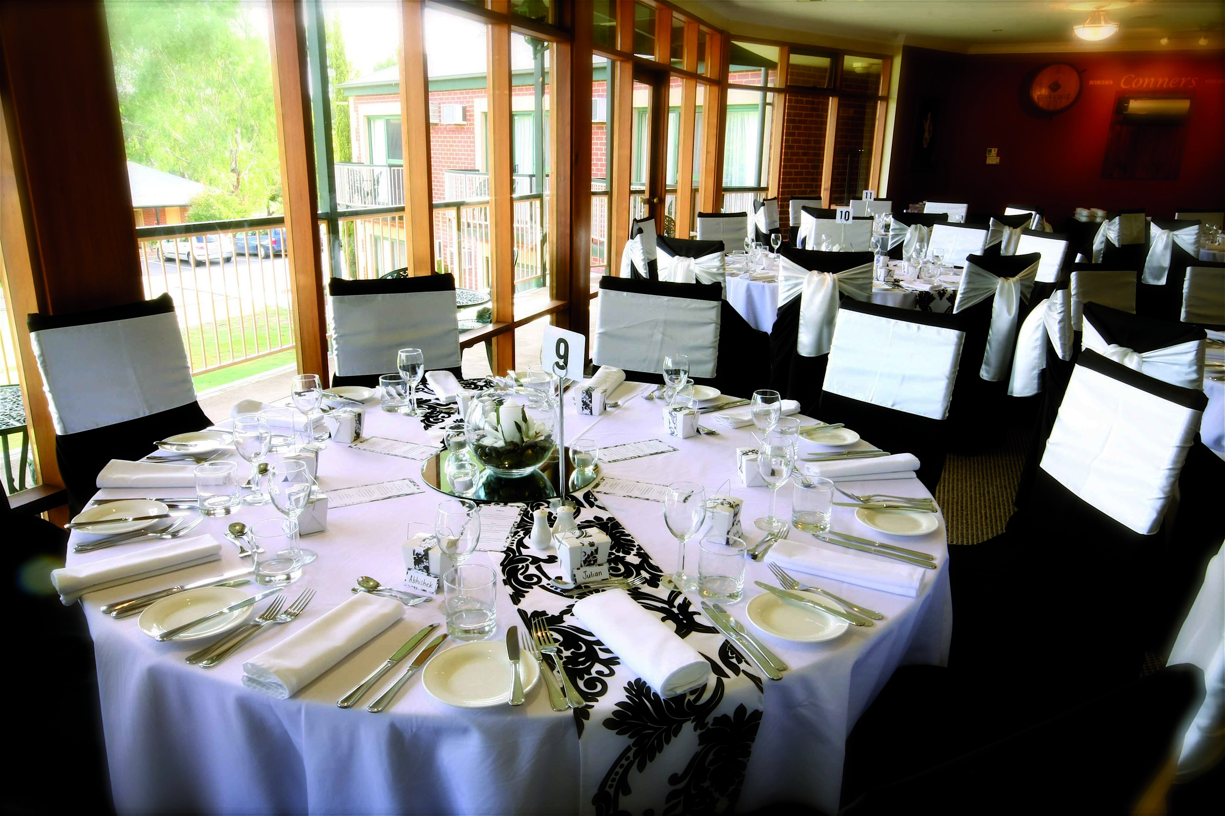 Clare Country Club_Table Setting.jpg