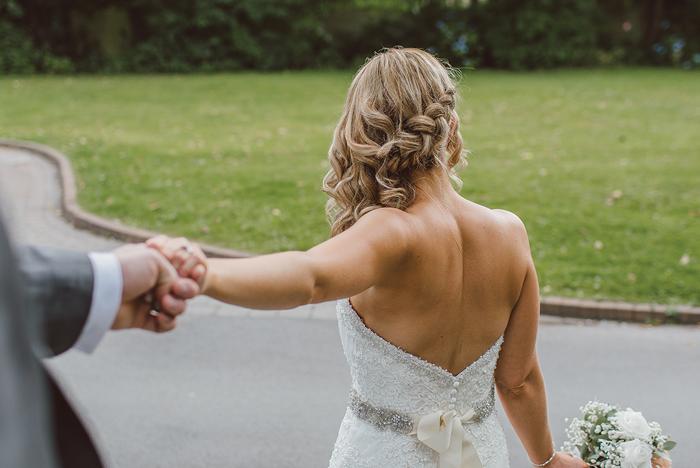 5 Bridal hair trends. - October 2017.