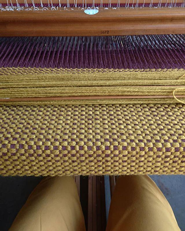 Matching work outfit #mustard #yellow #wool #handwoven #textiledesign #liodebruin