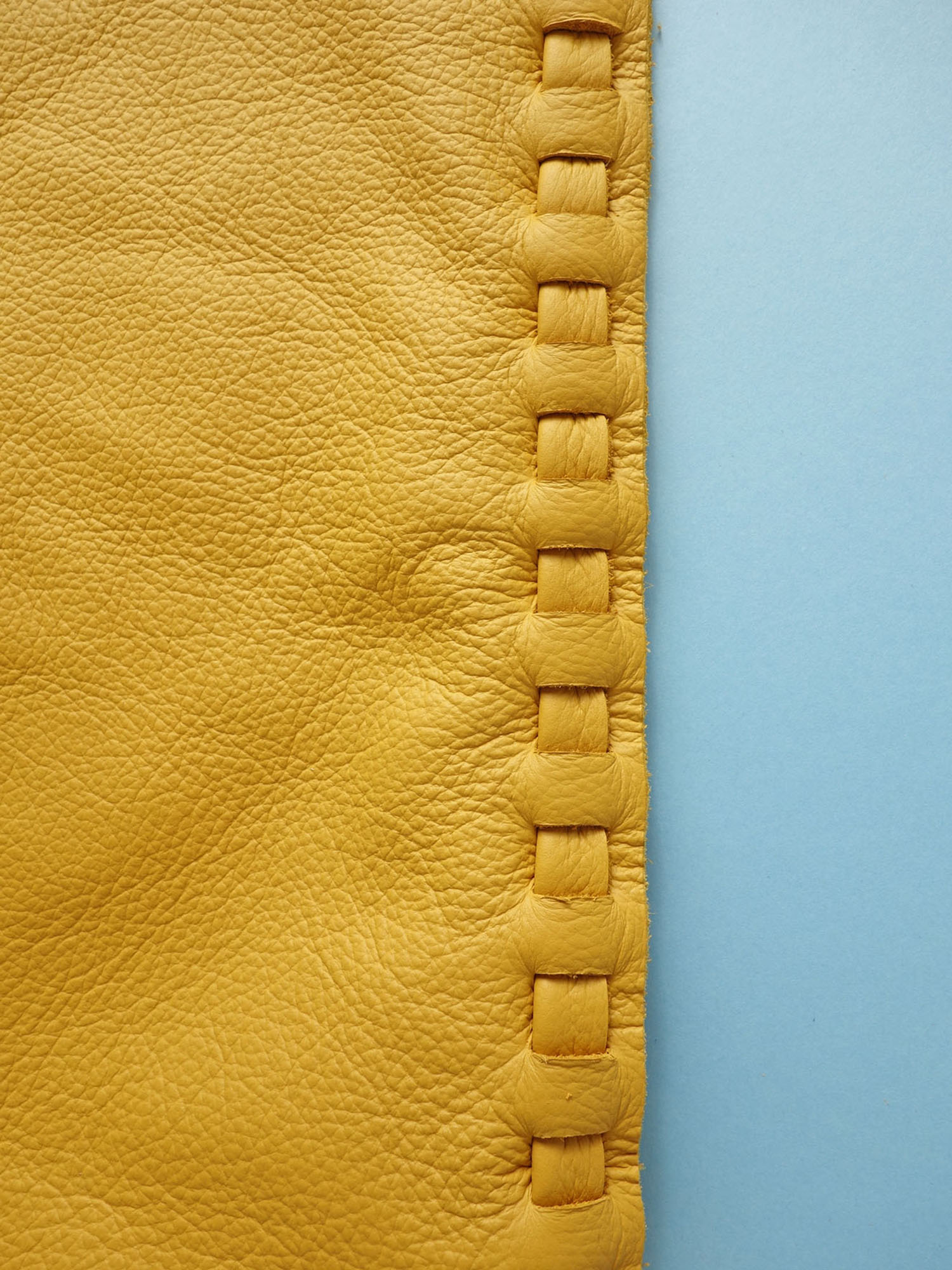 Liodebruin_Leather_Drawstringbags_01.jpg