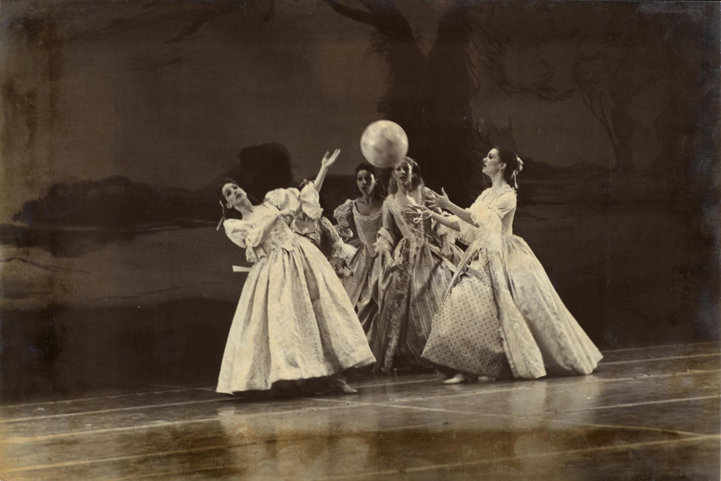 DANCE-DEPARTMENT-11-1-007.jpg