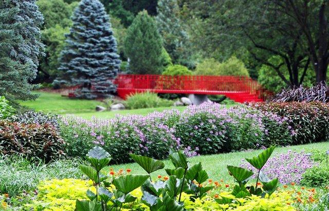 Dow+Gardens.jpg