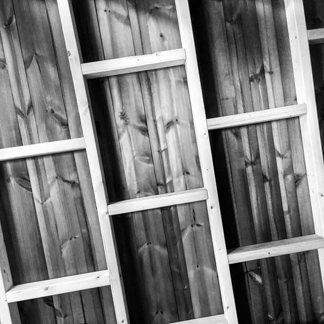 In progress  #komorebi #boomhutten #treehouse #houtbewerking #outdoordesign
