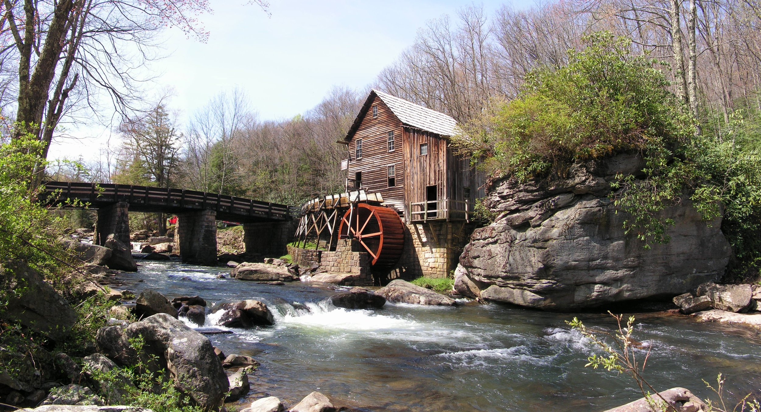 Glade Creek's beautiful water mill in New River Gorge