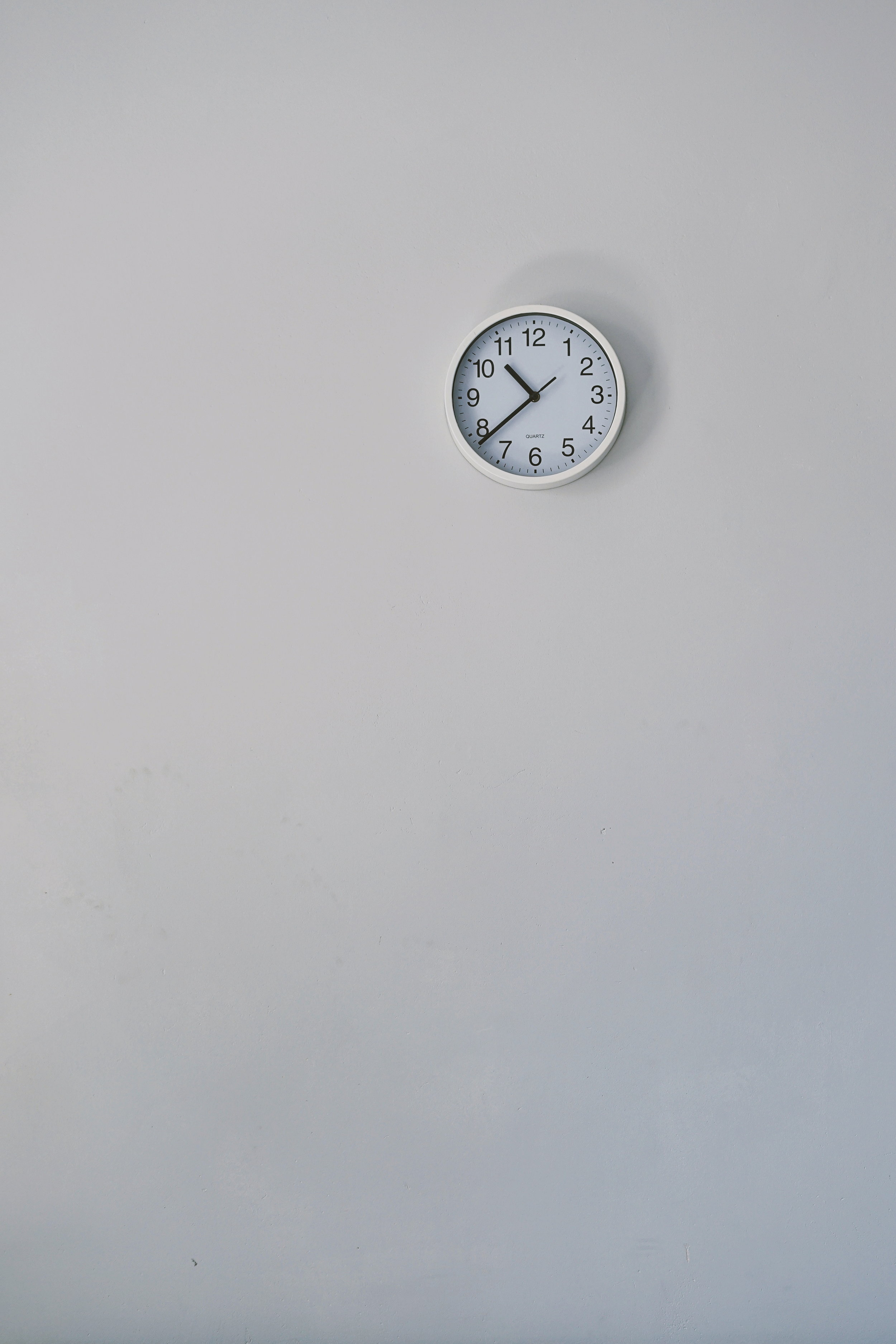 Set a Timer - If the idea of cleaning your closet seems daunting, try setting a 15min timer. Do as much as you can in that short amount of time and see how much you can accomplish!