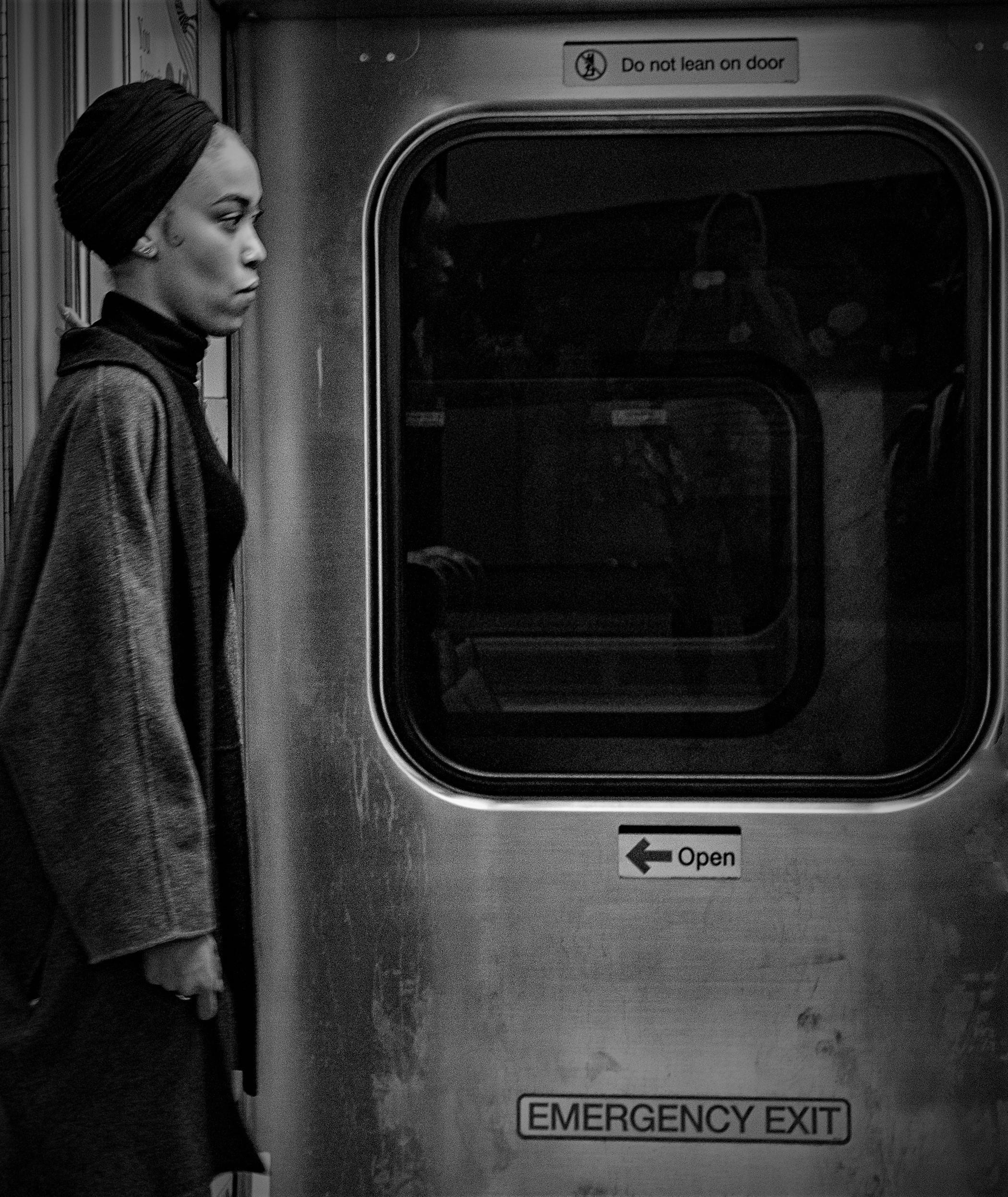 NYC:  Train Pause